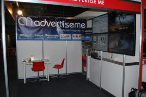 advertise me stand 2
